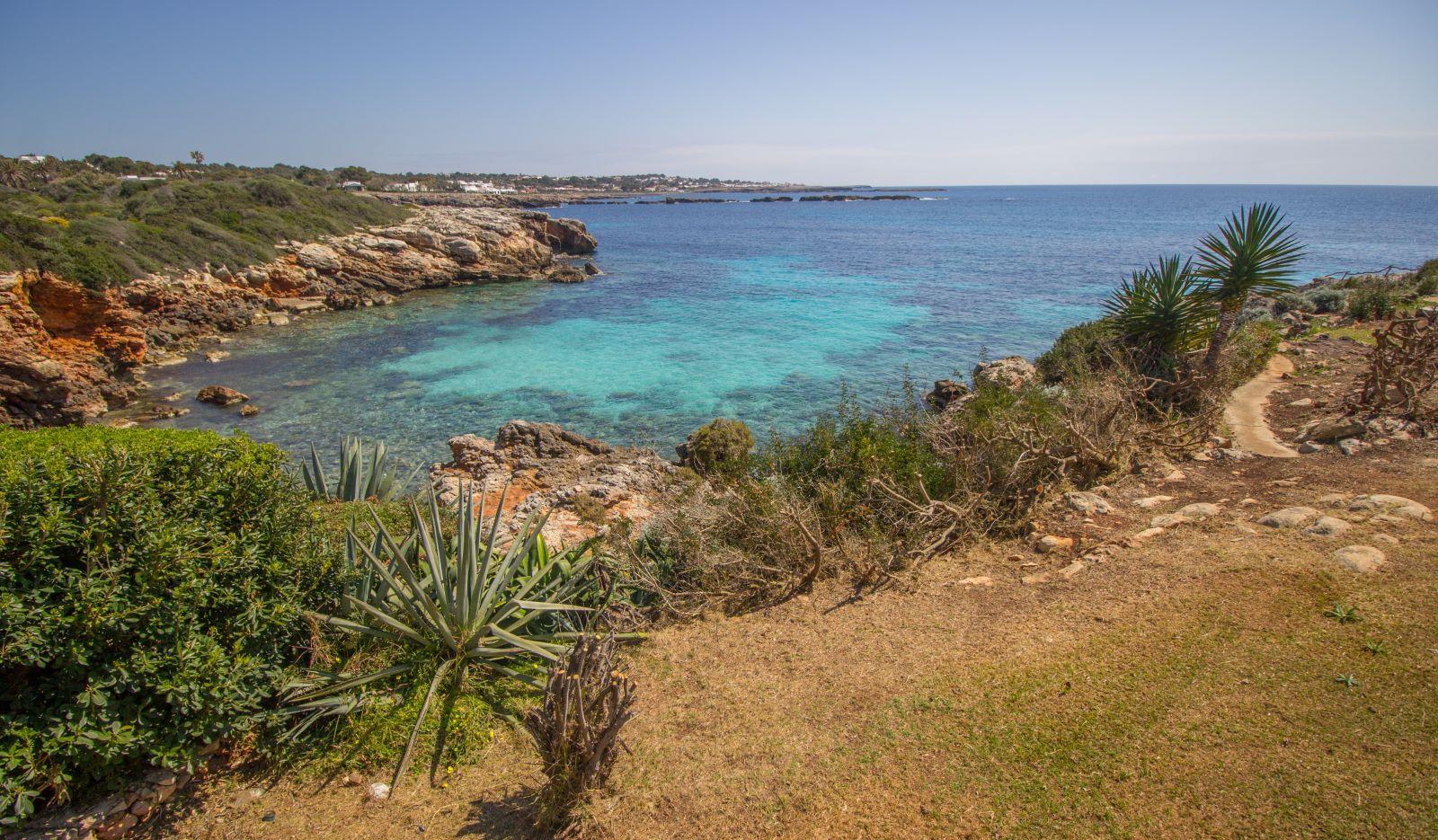 Villa in Cap d'en Font Ref: S2705 39