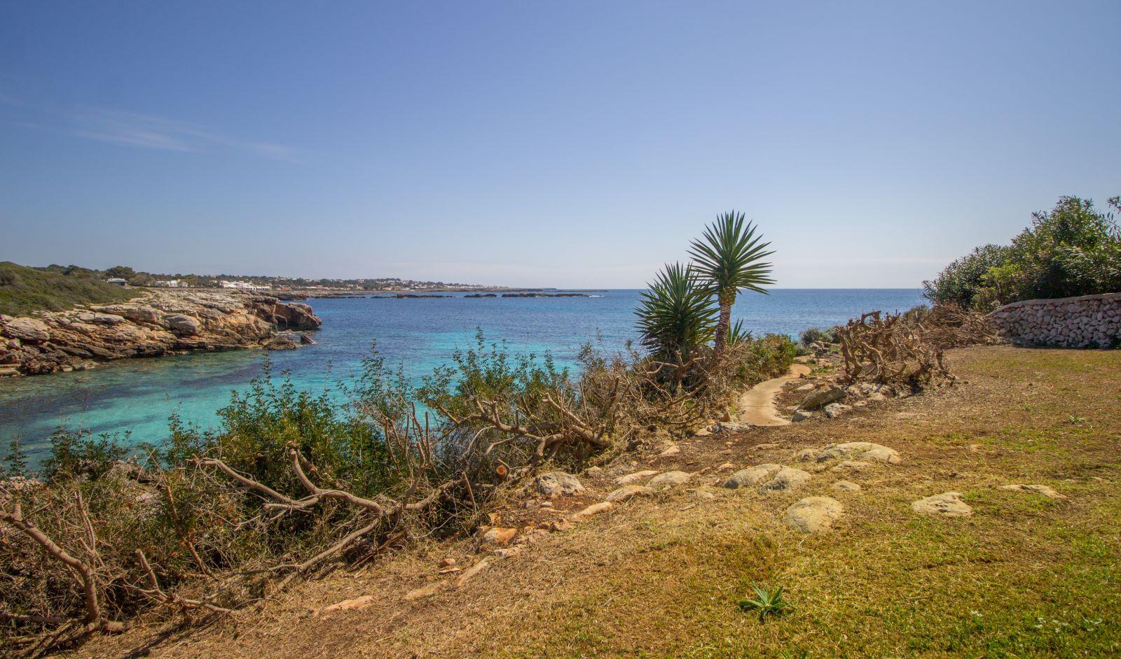 Villa in Cap d'en Font Ref: S2705 46