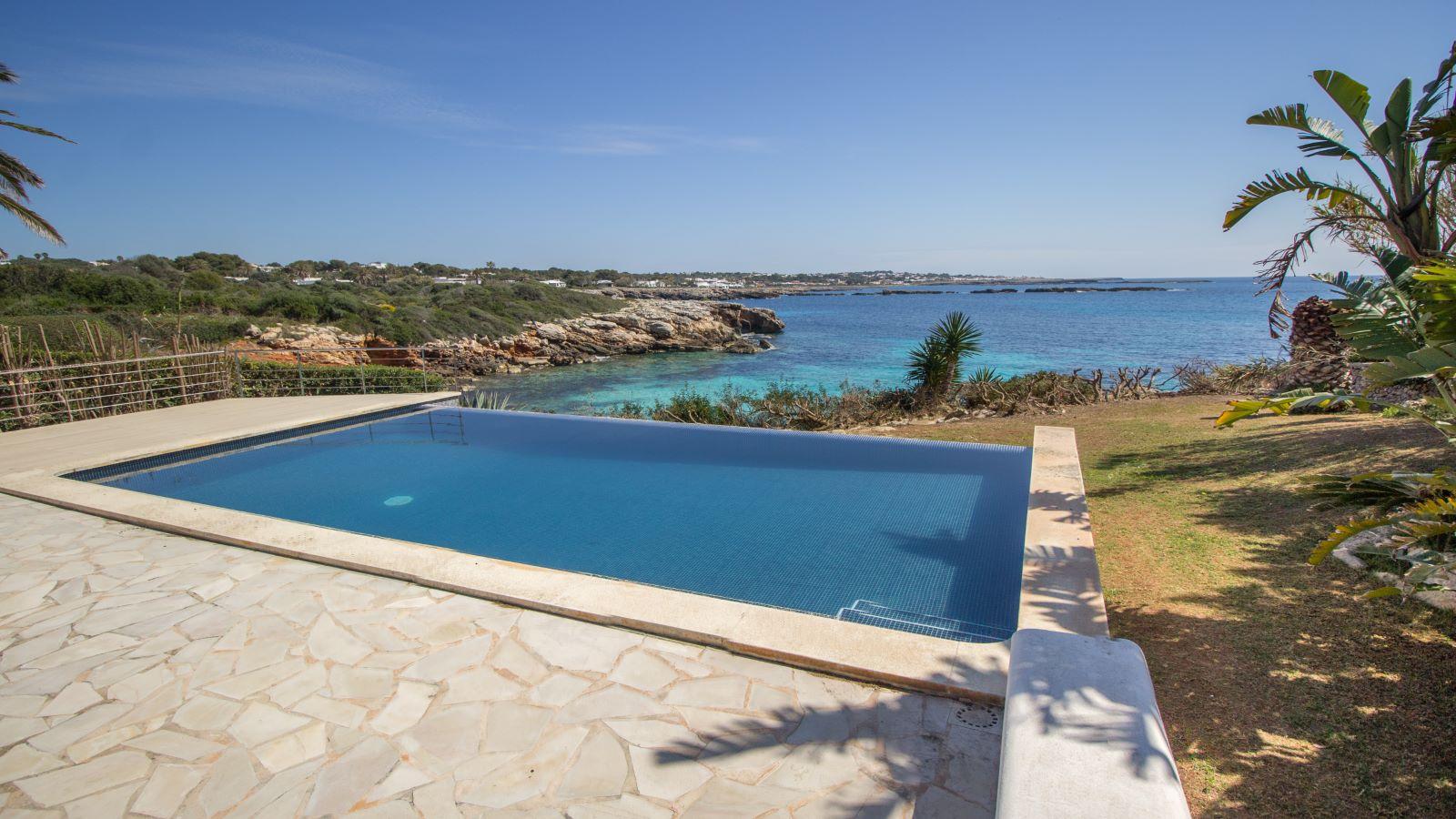 Villa in Cap d'en Font Ref: S2705 1