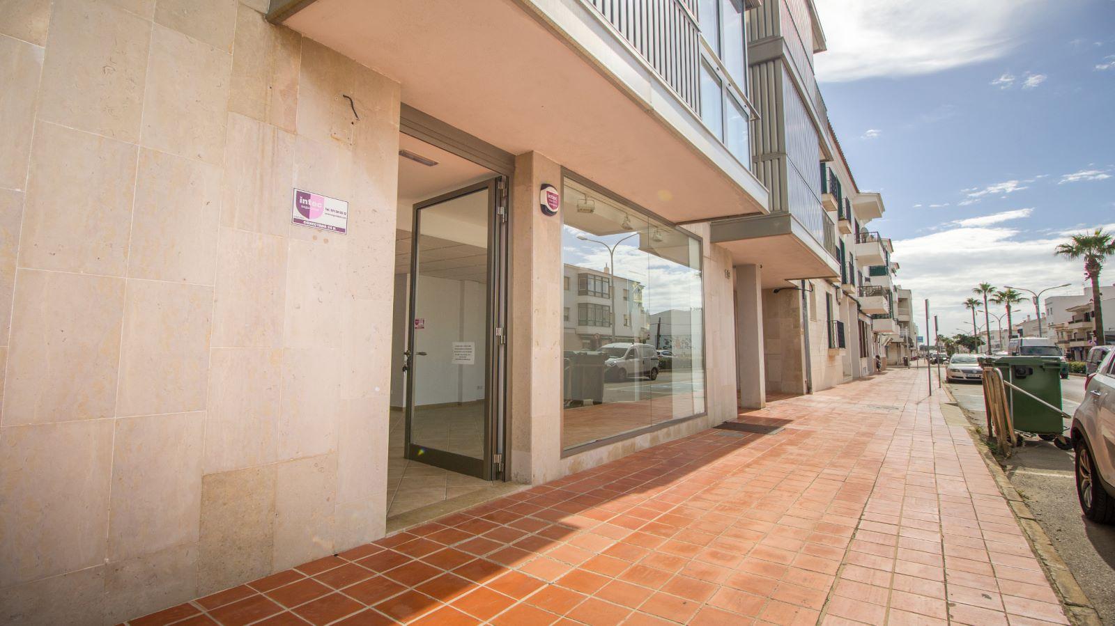 Local comercial en Sant Lluís Ref: S1715 1