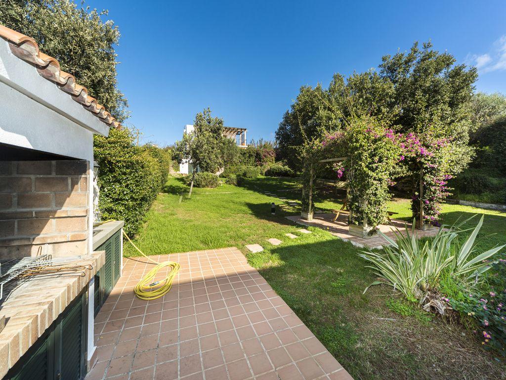 Villa in Cala Llonga Ref: S2389 6