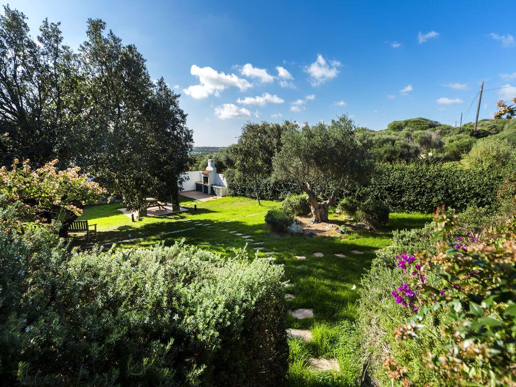 Villa in Cala Llonga Ref: S2389 7