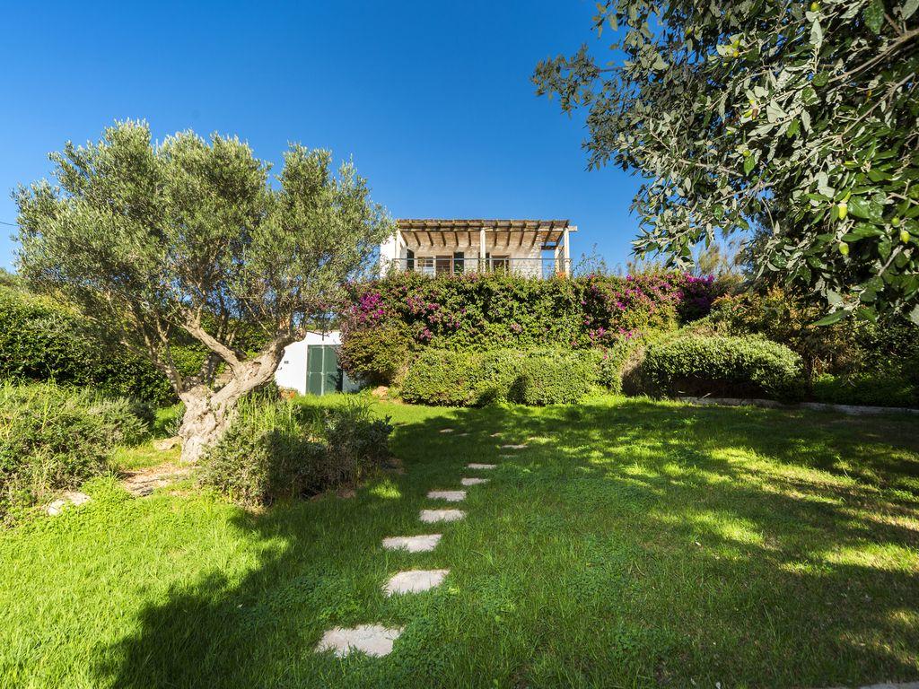 Villa in Cala Llonga Ref: S2389 9