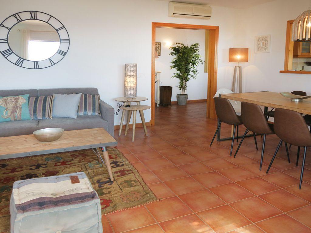 Villa in Cala Llonga Ref: S2389 16