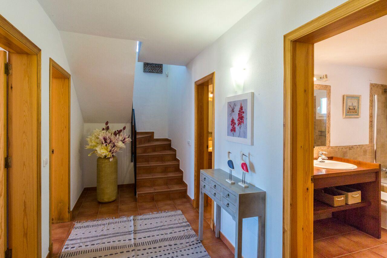 Villa in Cala Llonga Ref: S2389 20