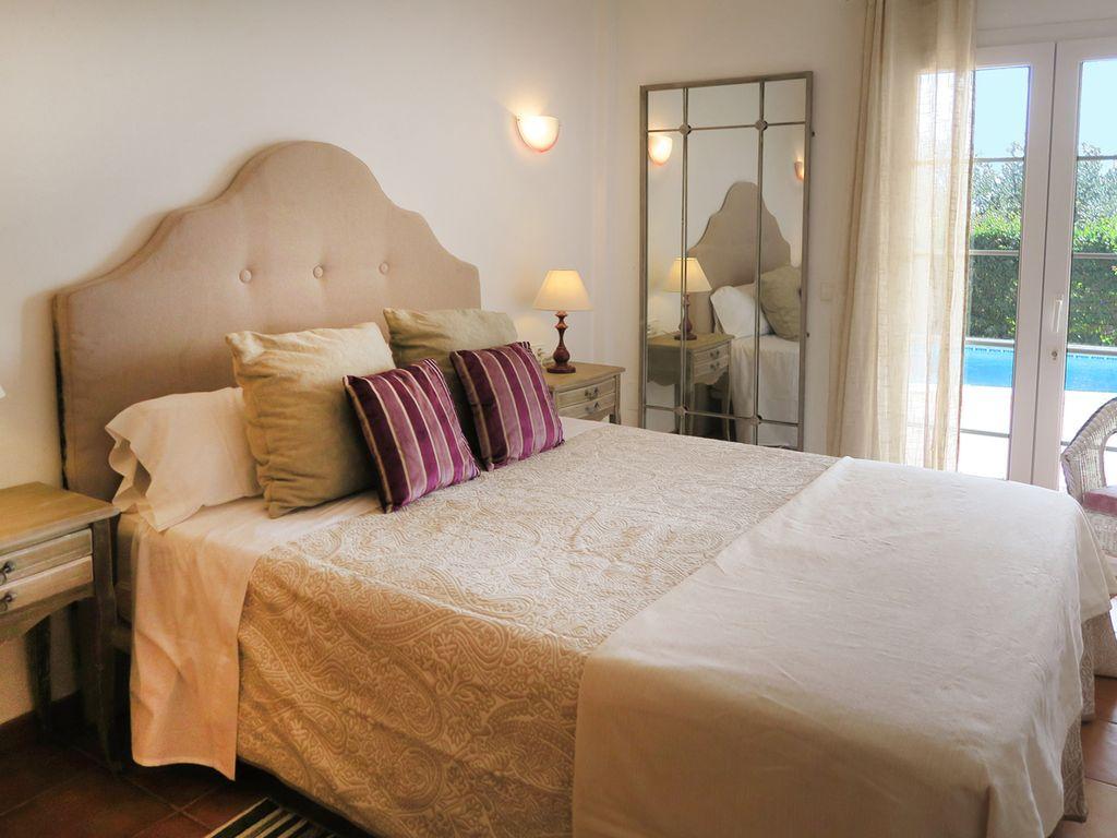 Villa in Cala Llonga Ref: S2389 22