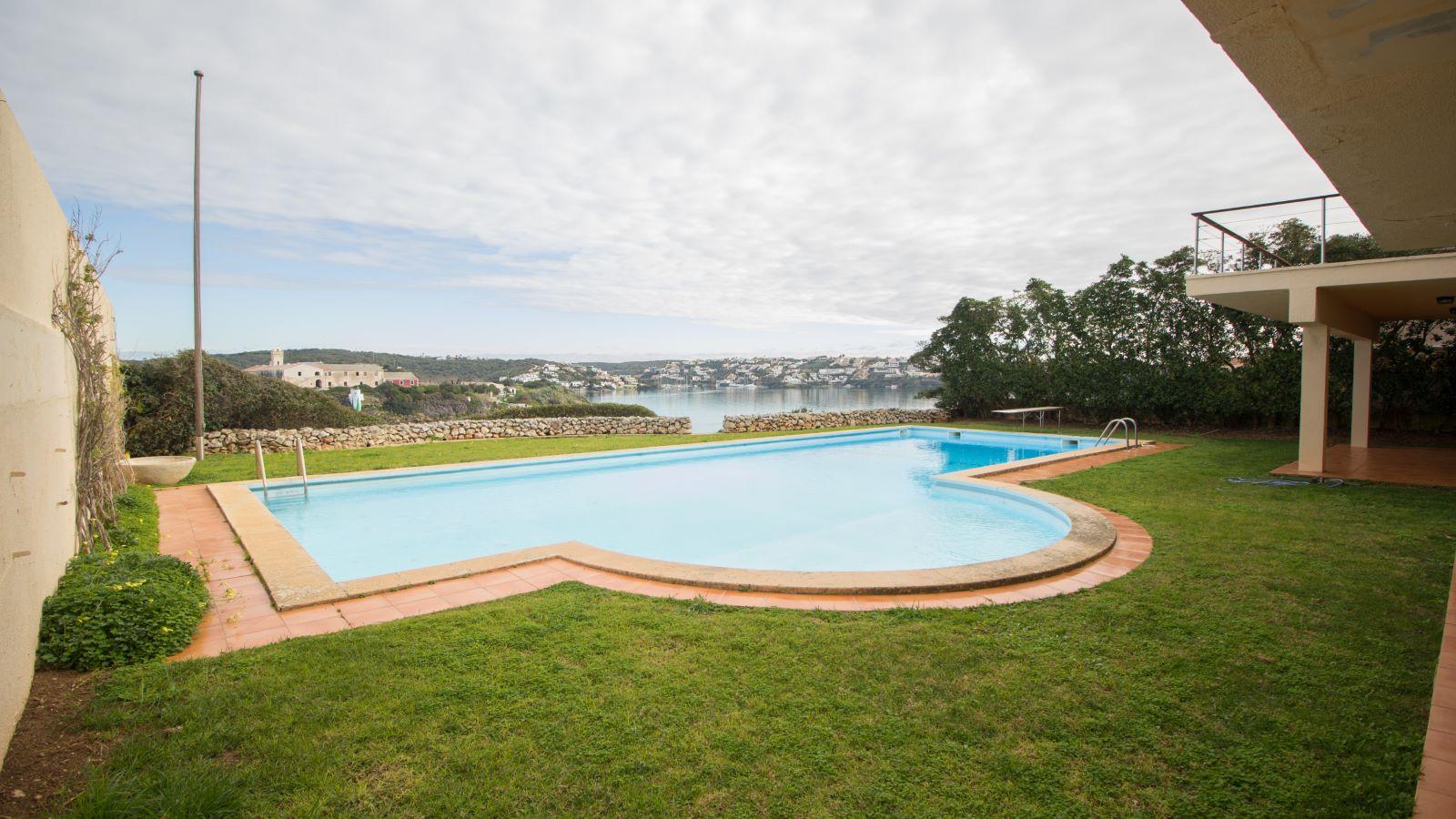 Villa in Es Castell Ref: SM2409 24