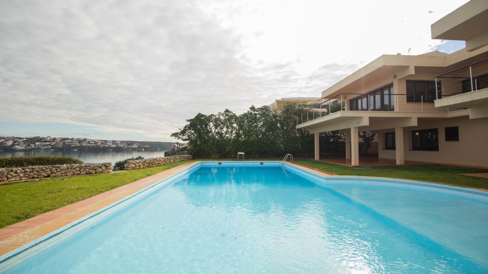 Villa in Es Castell Ref: SM2409 26