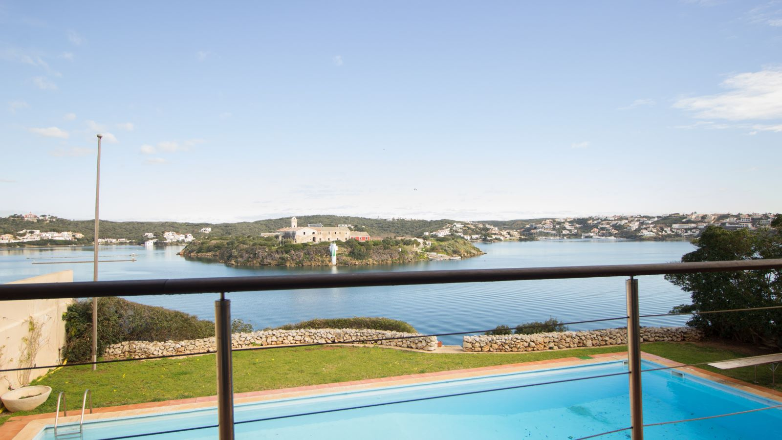 Villa in Es Castell Ref: SM2409 28