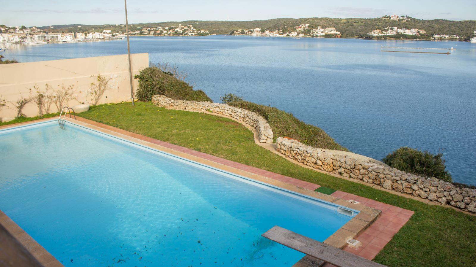 Villa in Es Castell Ref: SM2409 29
