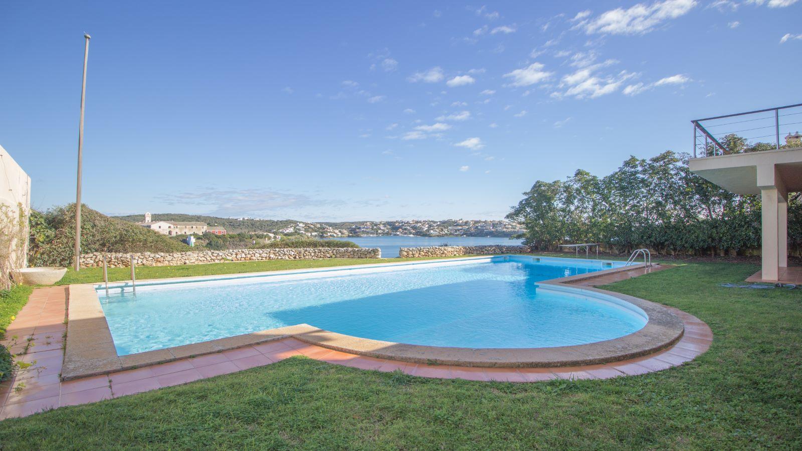 Villa in Es Castell Ref: SM2409 32