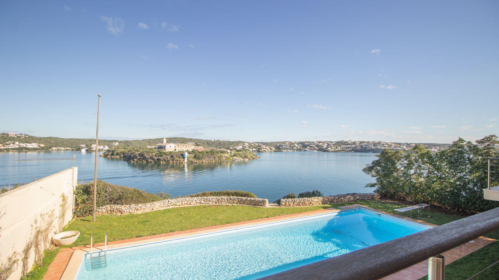 Villa in Es Castell Ref: SM2409 33