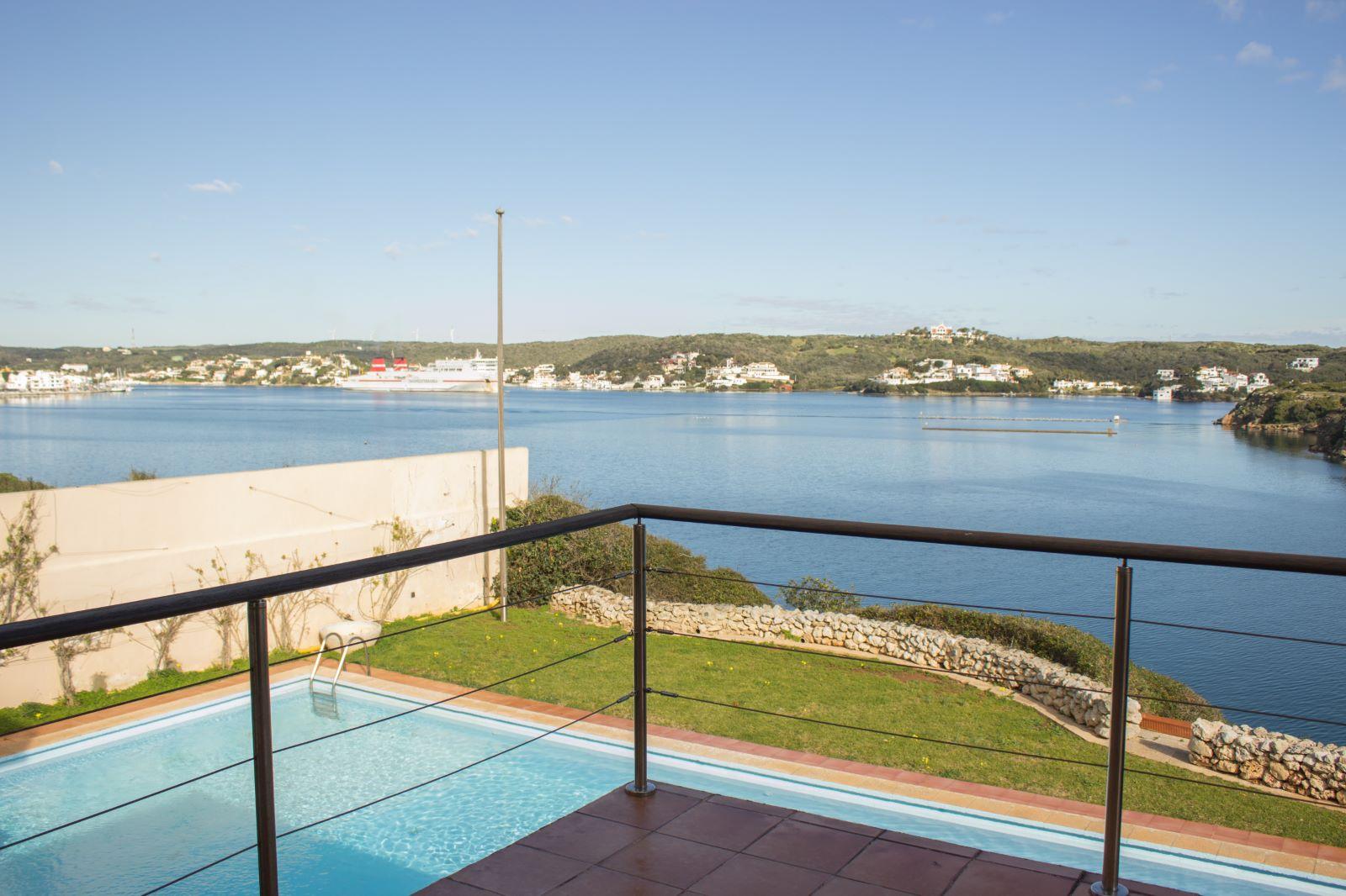 Villa in Es Castell Ref: SM2409 38