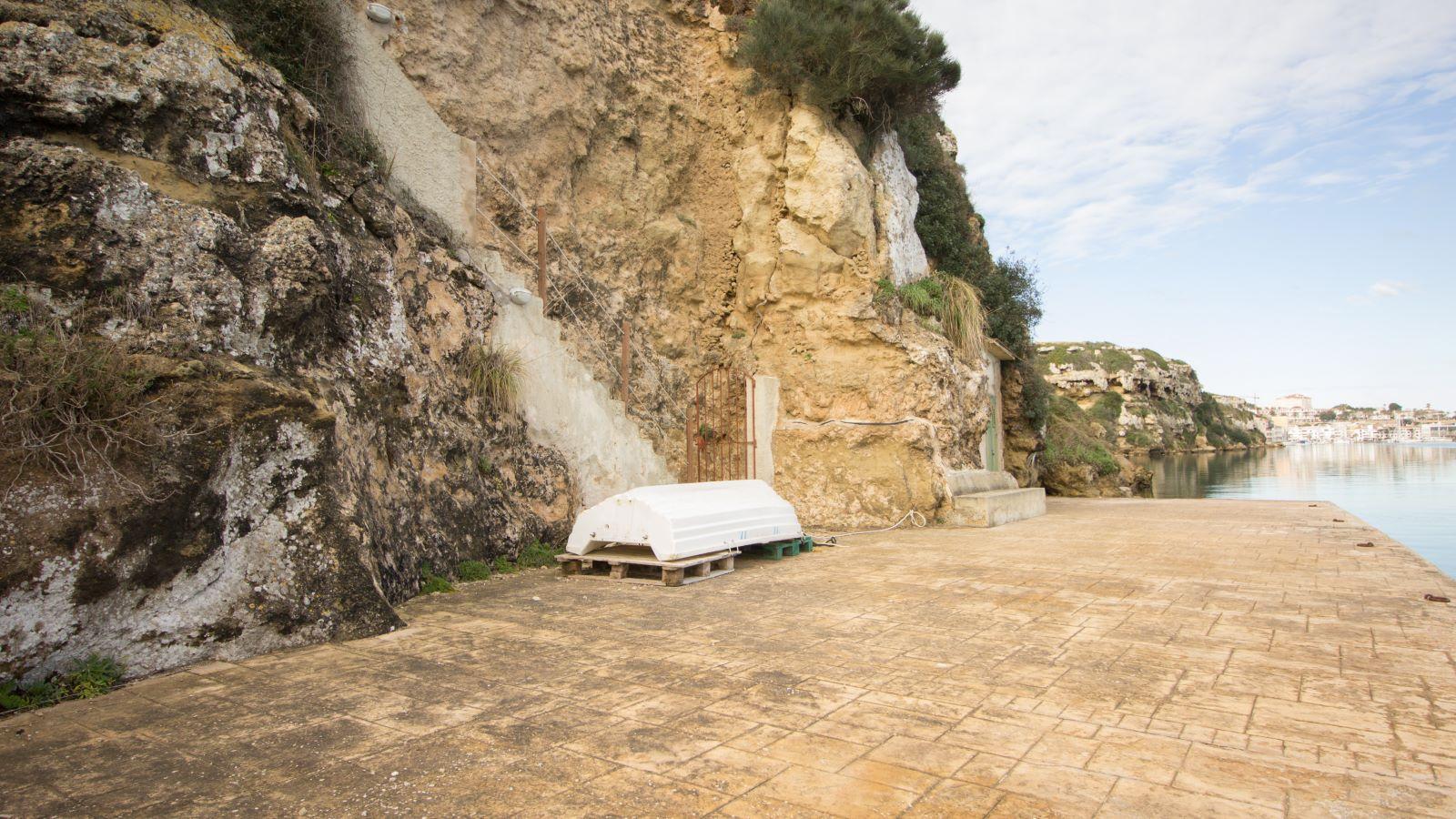 Villa in Es Castell Ref: SM2409 49