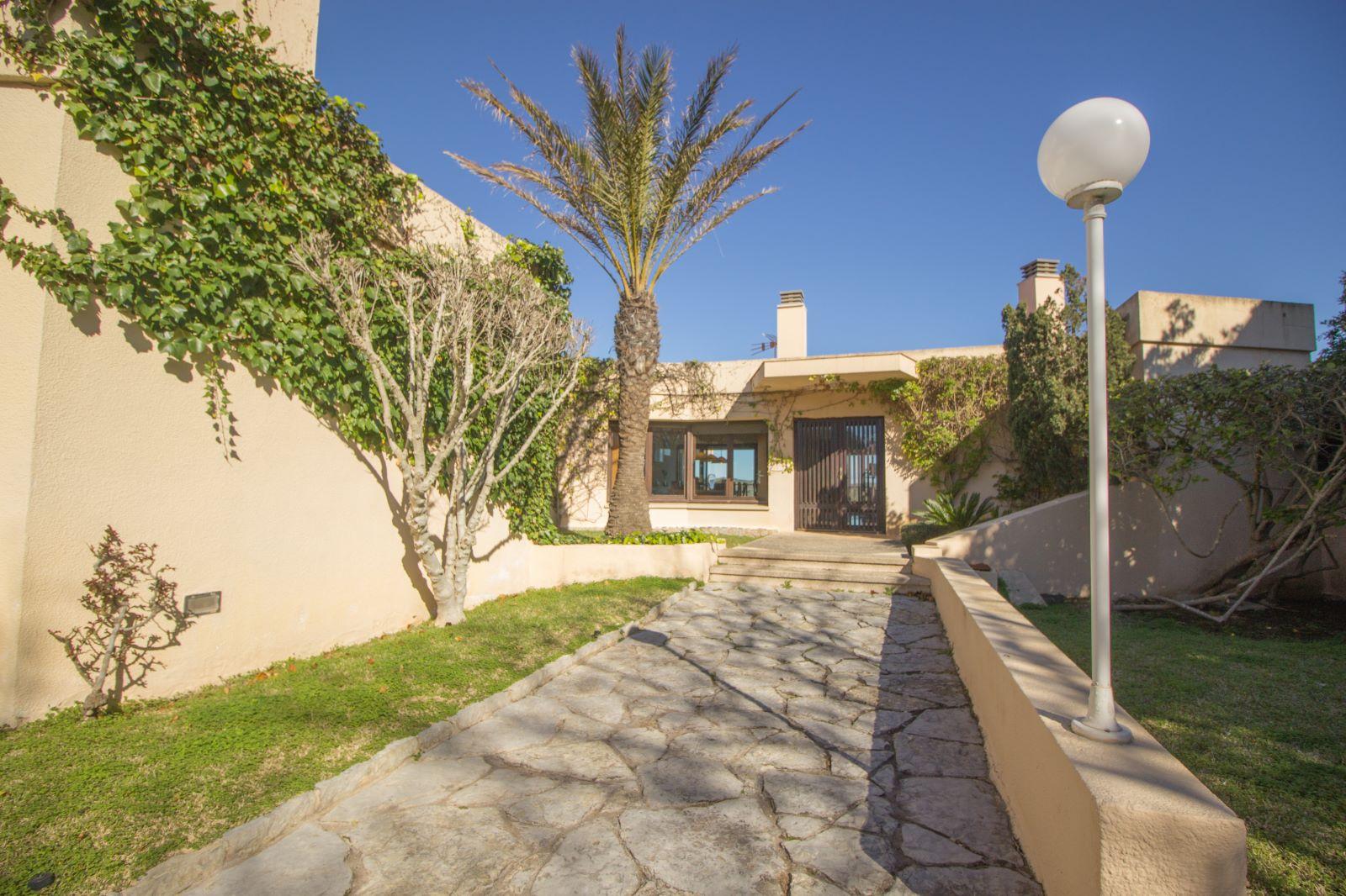 Villa in Es Castell Ref: SM2409 57