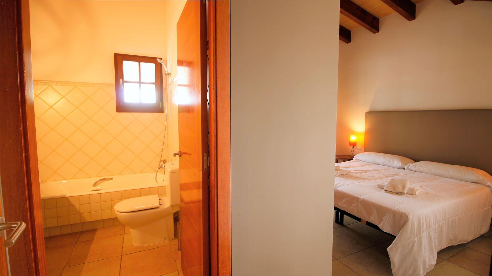 Villa in Cap d'en Font Ref: S2490 24