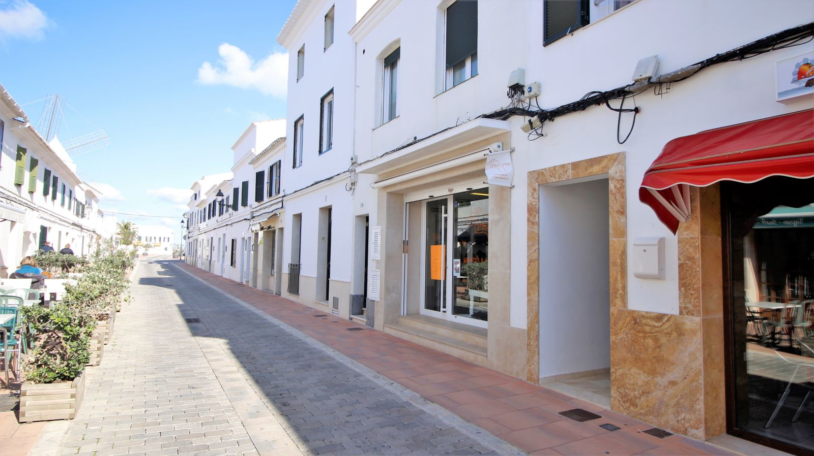 Local comercial en Sant Lluís Ref: S2562 1