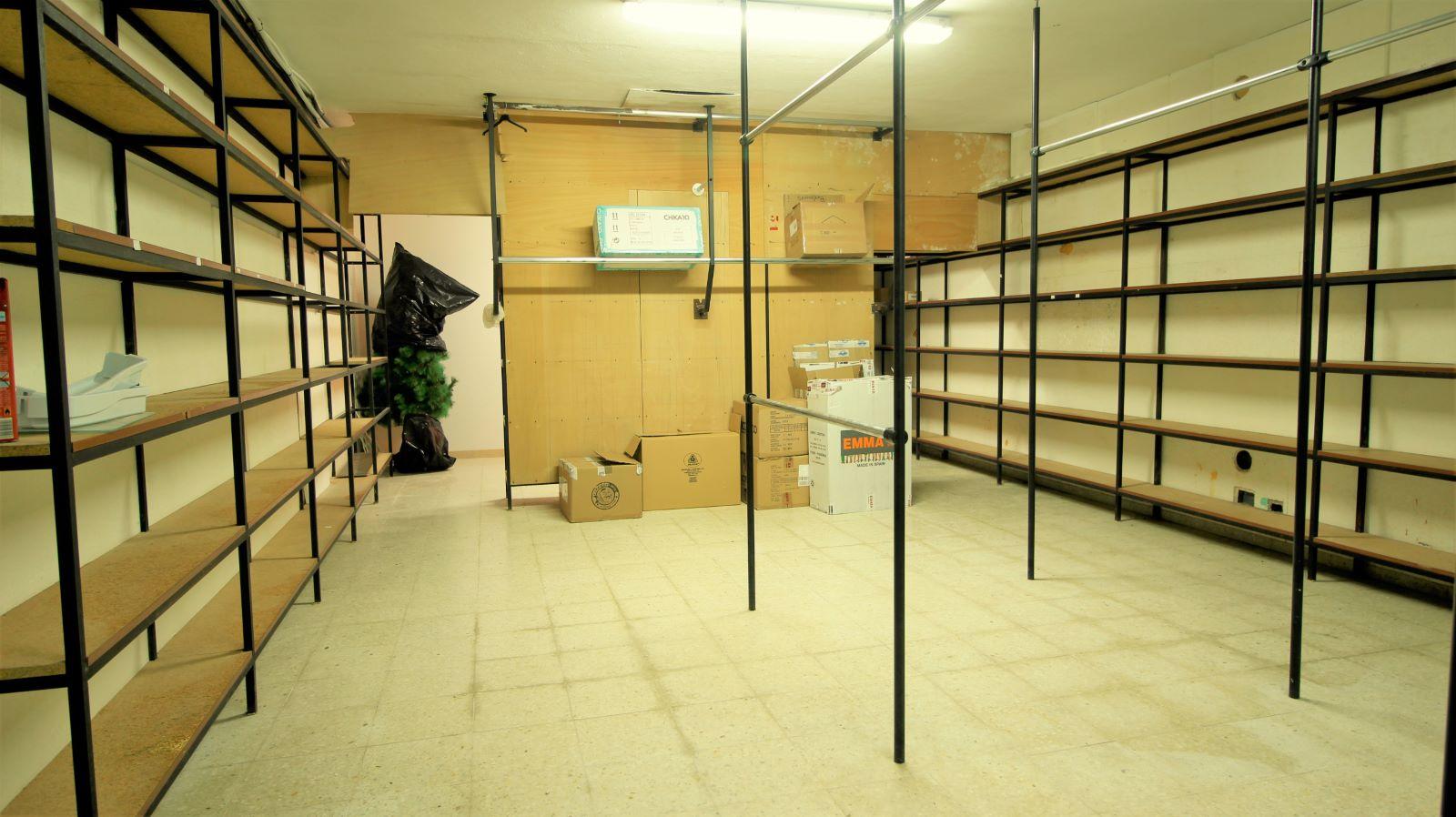 Local comercial en Sant Lluís Ref: S2562 12