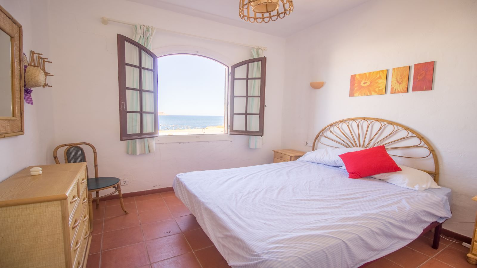 Apartment in Playas de Fornells Ref: S2580 16