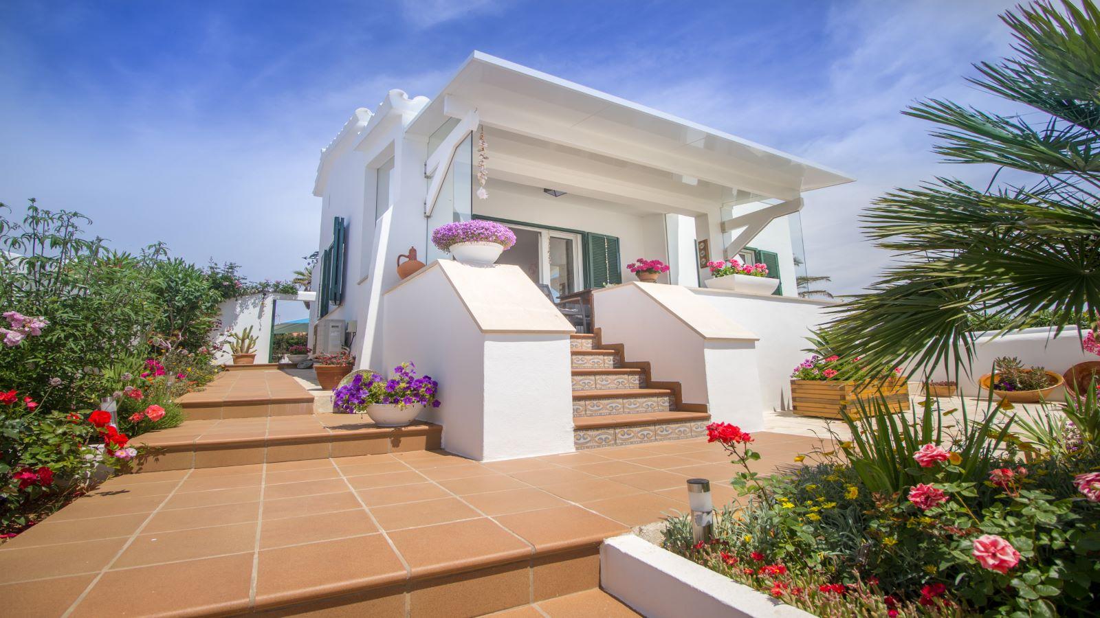Villa in Arenal d'en Castell Ref: S2586 1