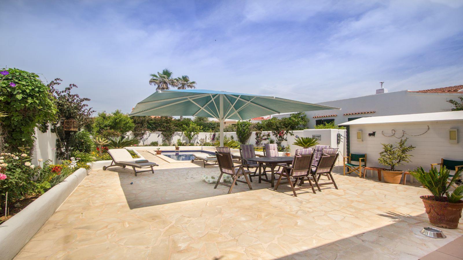 Villa in Arenal d'en Castell Ref: S2586 6