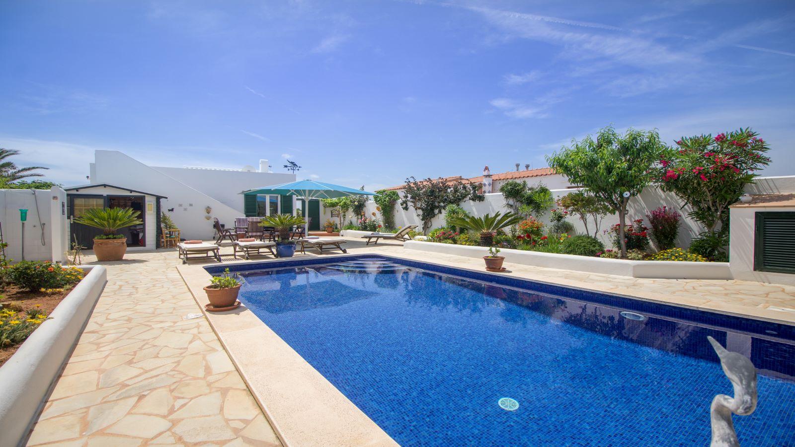 Villa in Arenal d'en Castell Ref: S2586 7