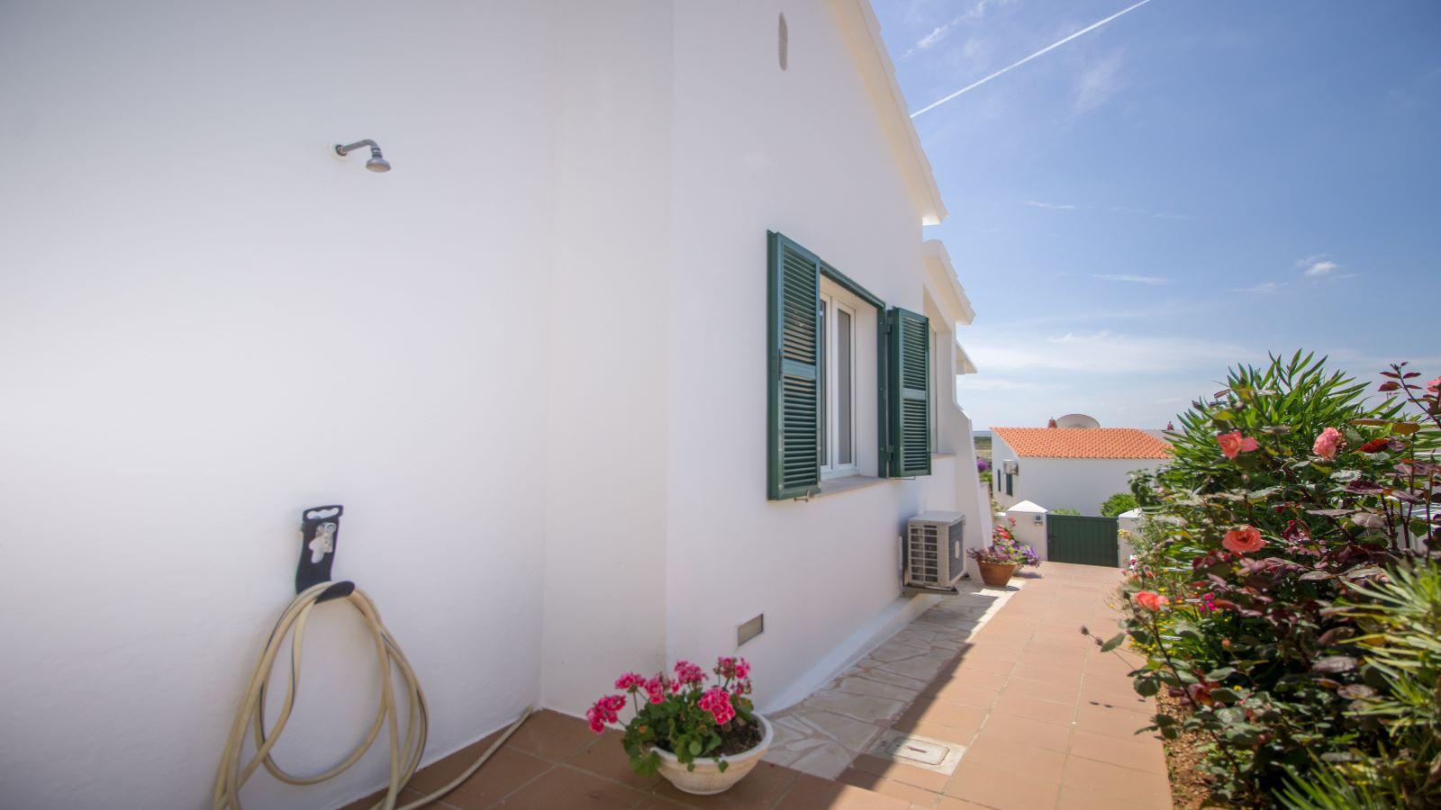 Villa in Arenal d'en Castell Ref: S2586 10
