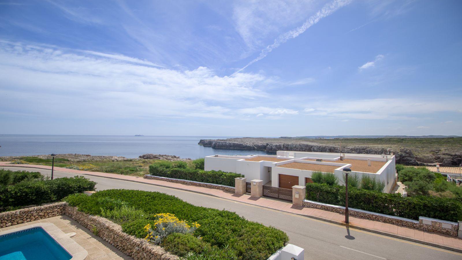 Villa in Arenal d'en Castell Ref: S2586 13