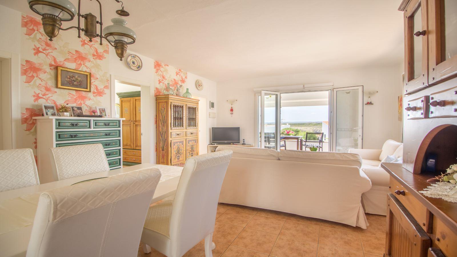 Villa in Arenal d'en Castell Ref: S2586 18