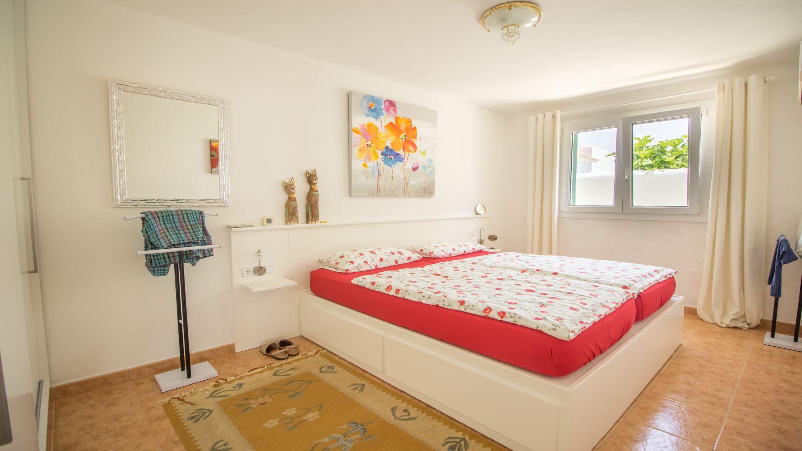 Villa in Arenal d'en Castell Ref: S2586 21