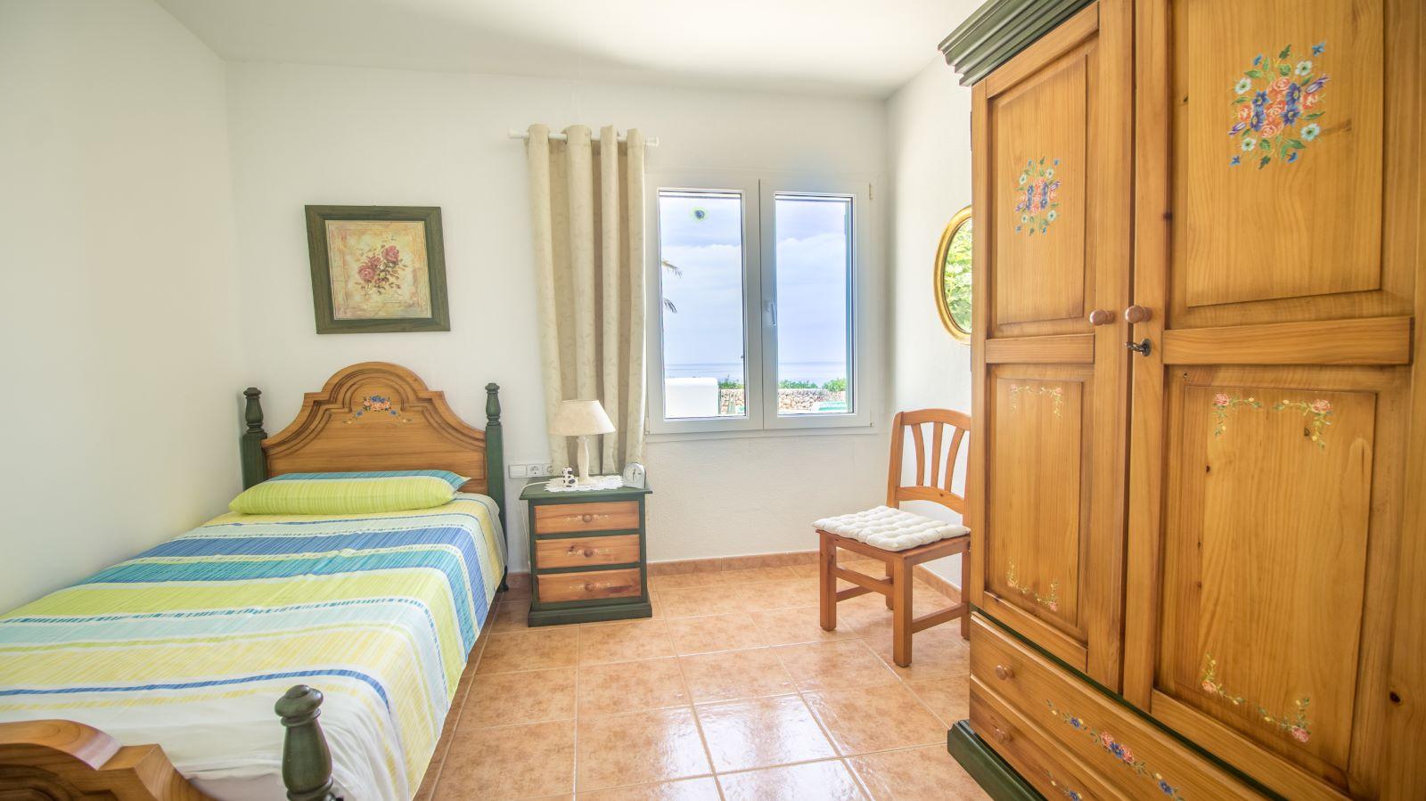 Villa in Arenal d'en Castell Ref: S2586 24