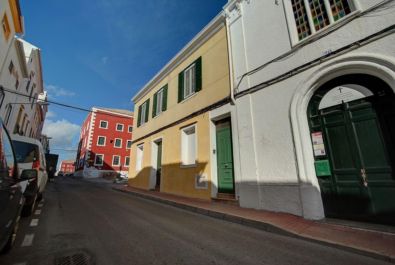Einfamilienhaus in Es Castell Ref: H2541 16