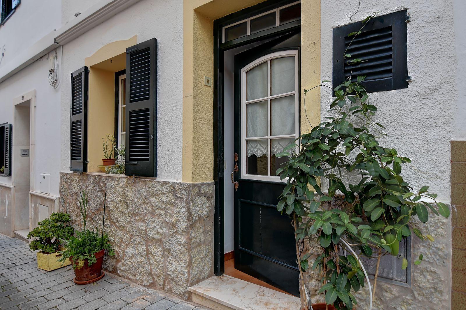 Einfamilienhaus in Ferreries Ref: H2542 1