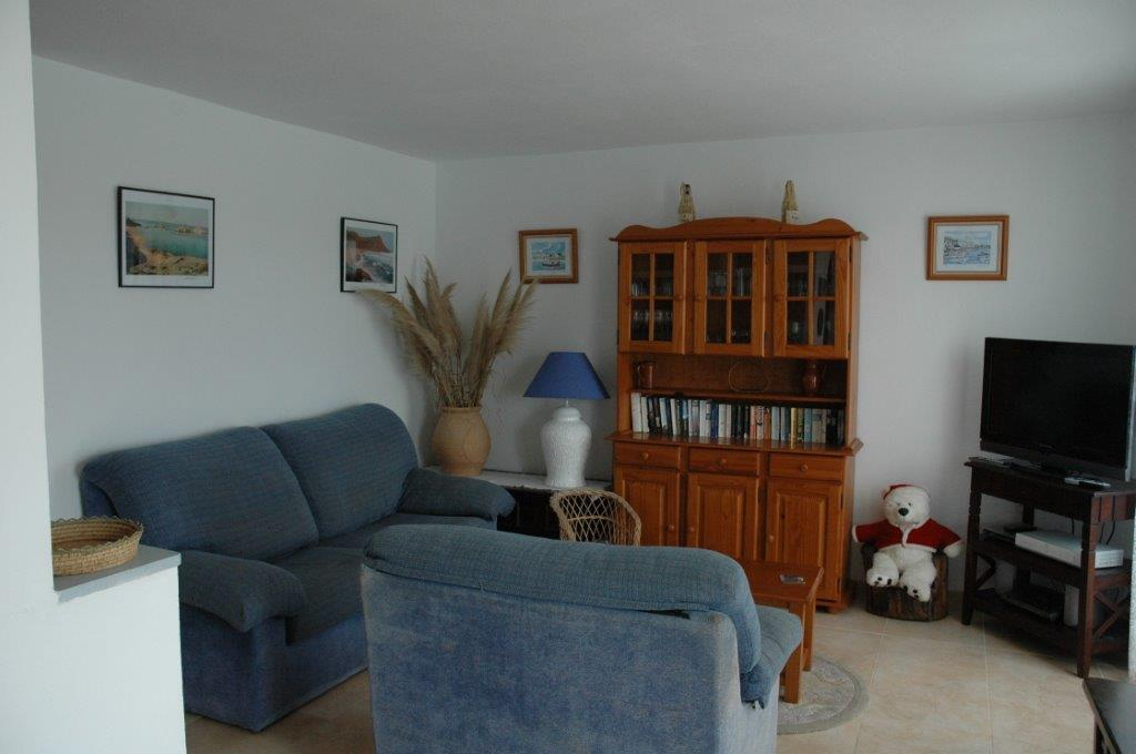 Apartment in Arenal d'en Castell Ref: H2055 4
