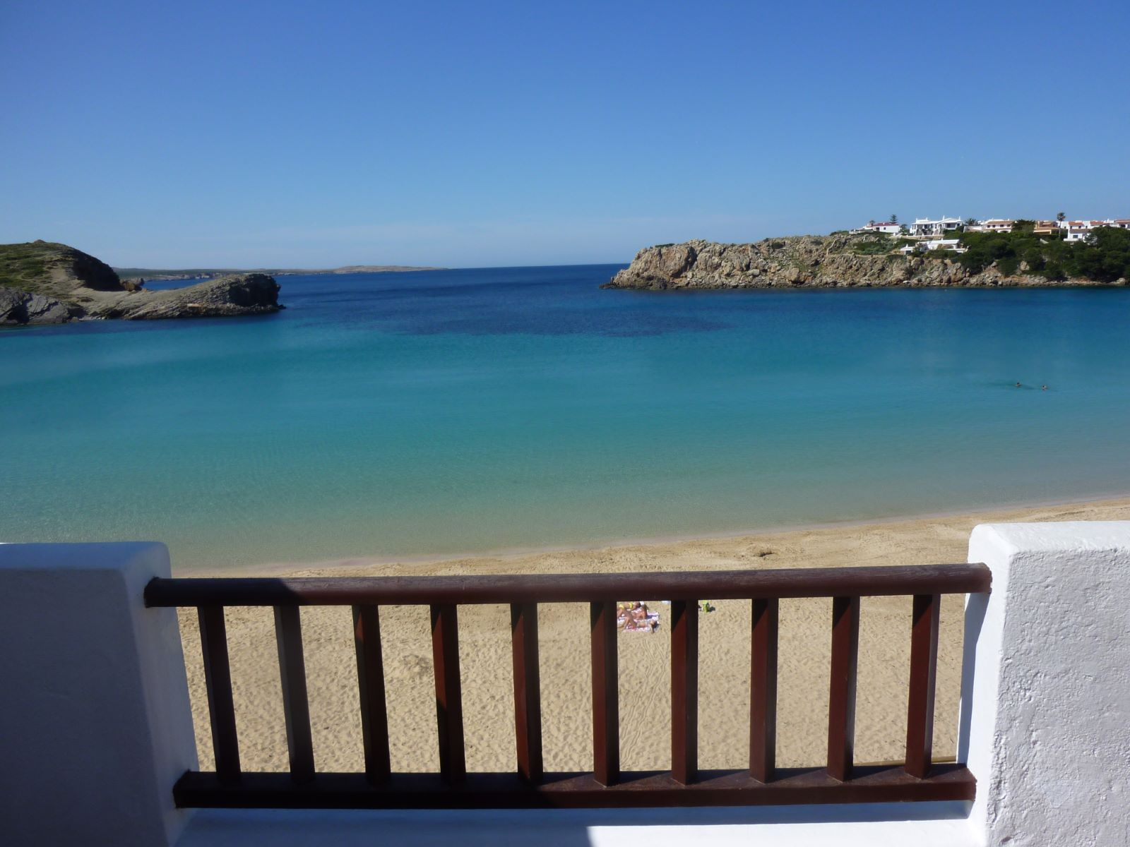 Apartment in Arenal d'en Castell Ref: H2055 1
