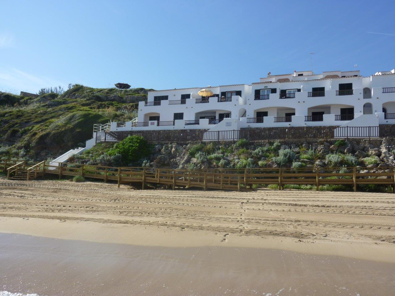 Apartment in Arenal d'en Castell Ref: H2055 3