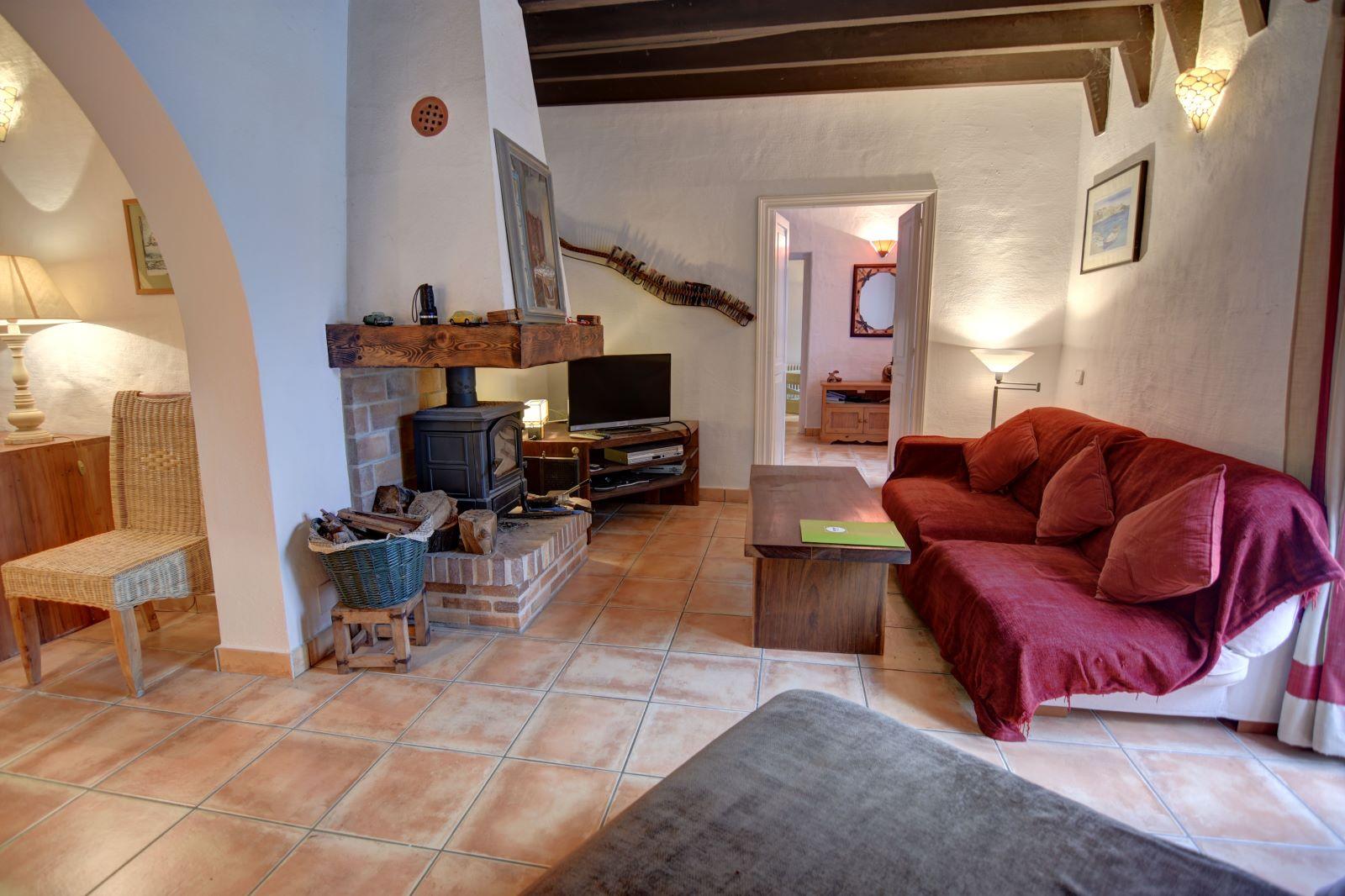 Landhaus in Llucmesanes Ref: H2567 10