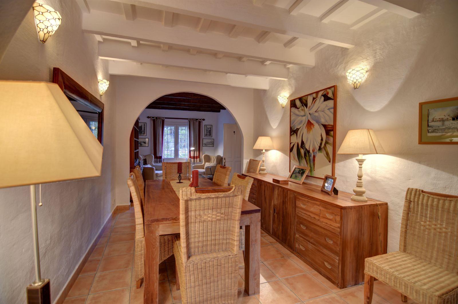 Landhaus in Llucmesanes Ref: H2567 8