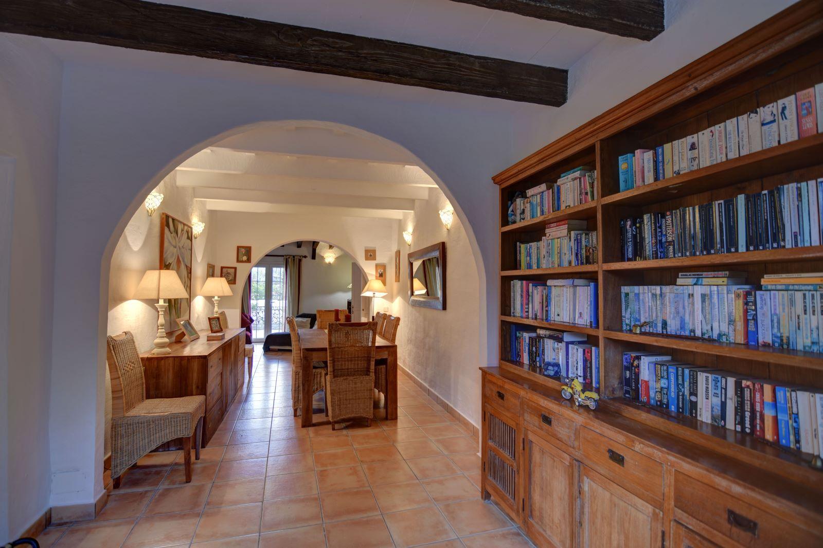Landhaus in Llucmesanes Ref: H2567 13