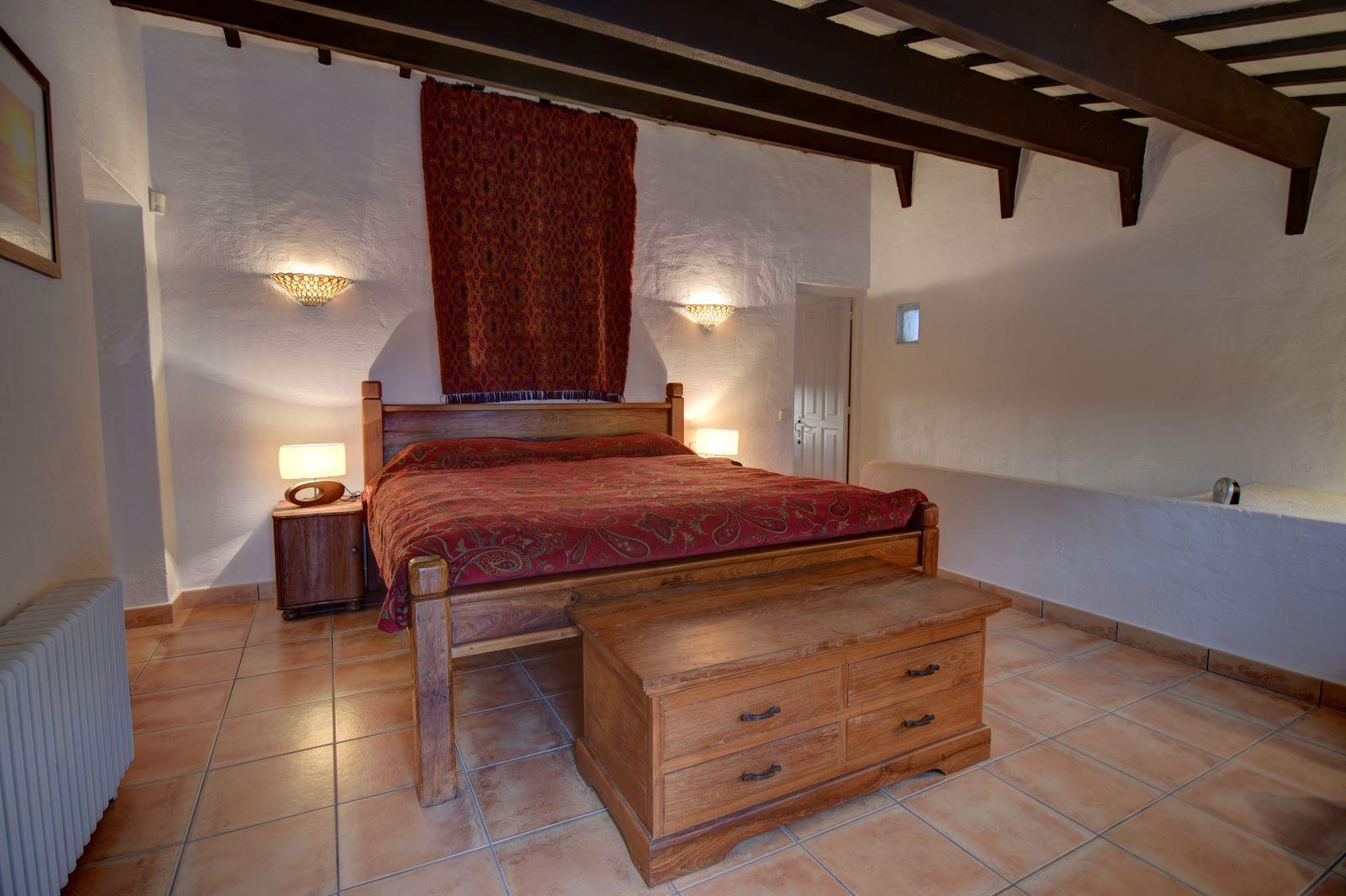 Landhaus in Llucmesanes Ref: H2567 18