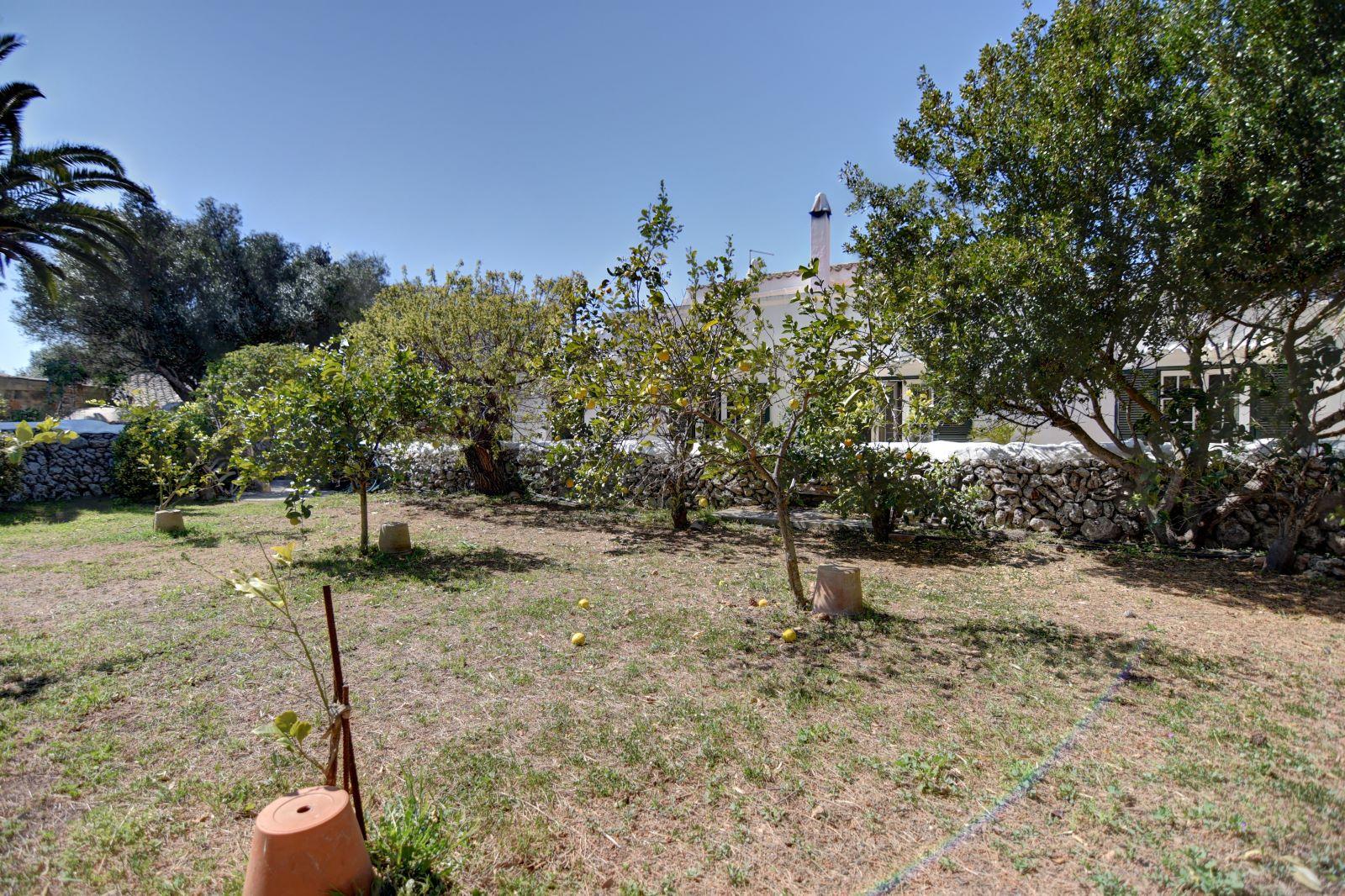 Landhaus in Llucmesanes Ref: H2567 42