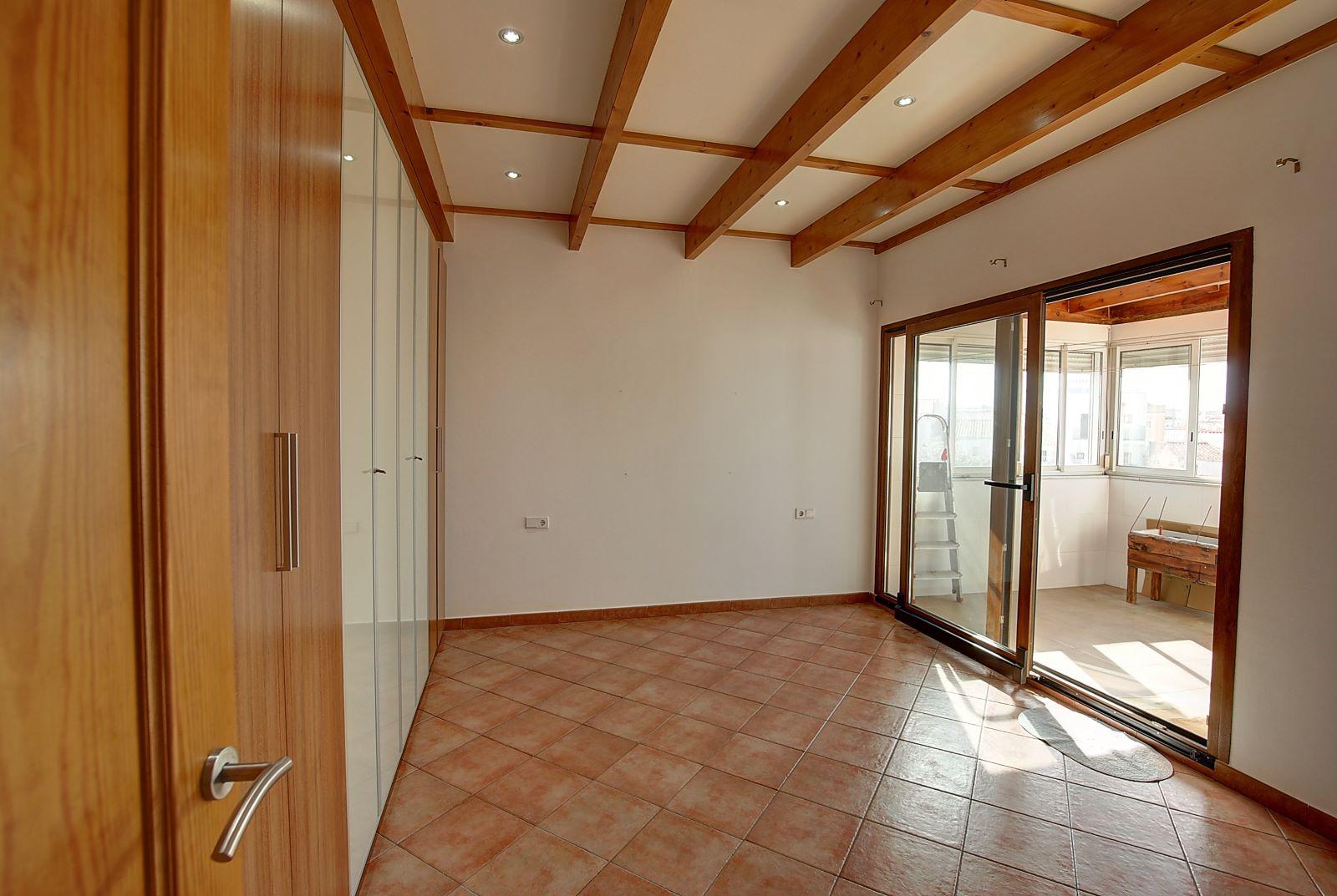 House in Mahón Ref: H2575 16