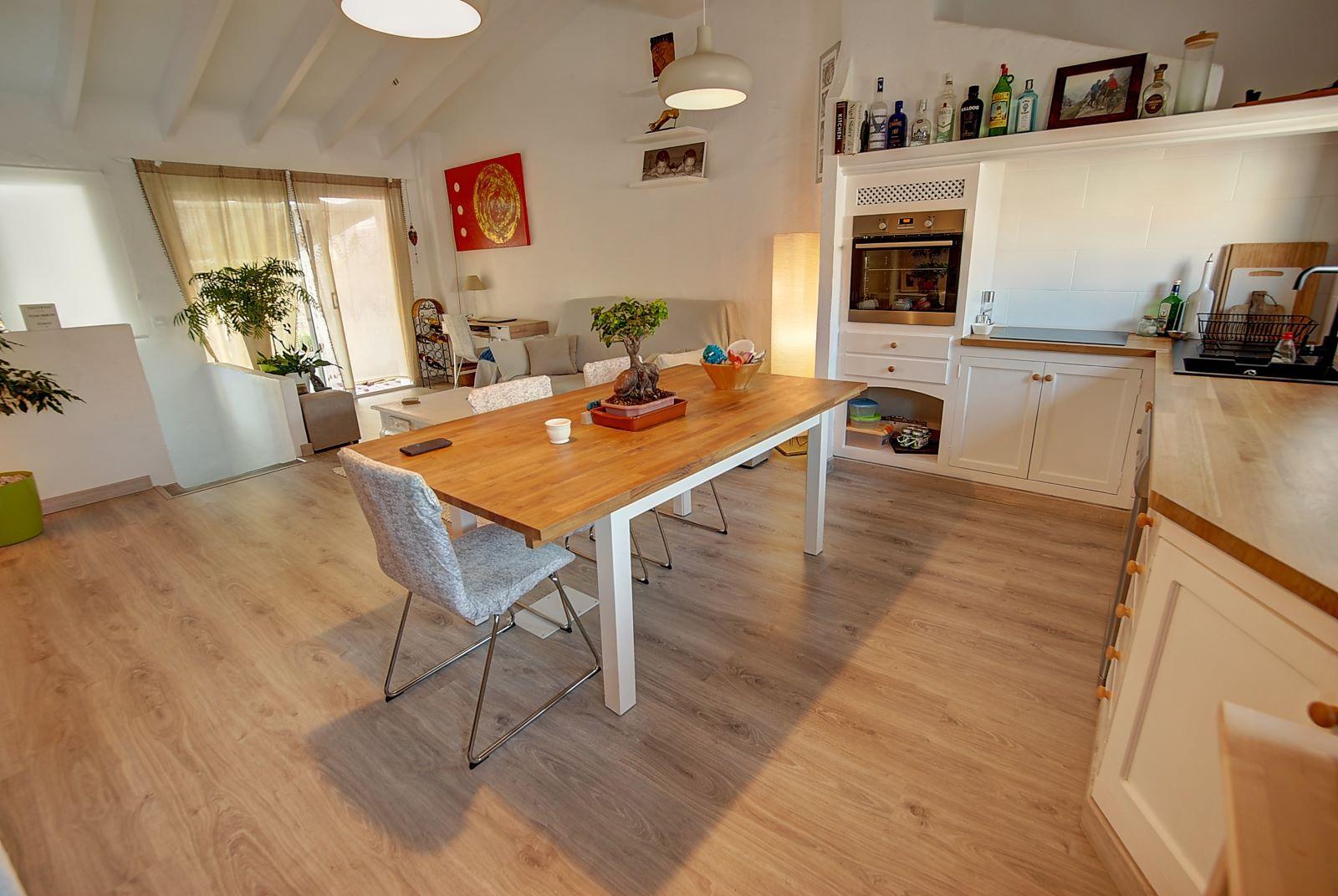 House in Es Castell Ref: H2600 6