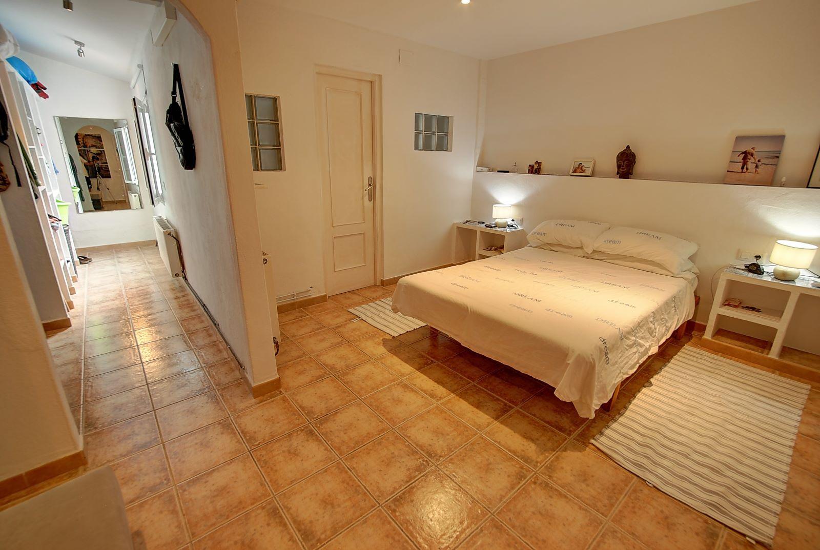 House in Es Castell Ref: H2600 7