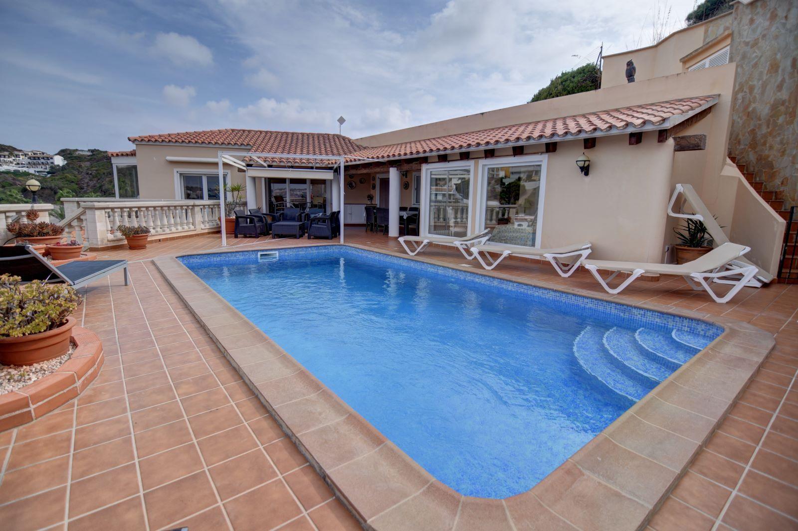 Villa in Cala Llonga Ref: H2613 2