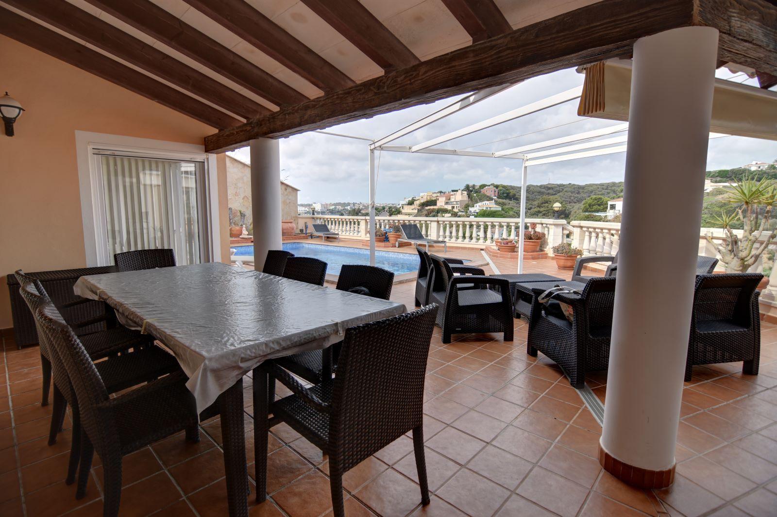 Villa in Cala Llonga Ref: H2613 4