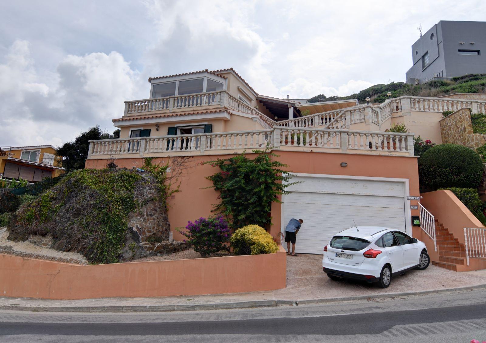 Villa in Cala Llonga Ref: H2613 30