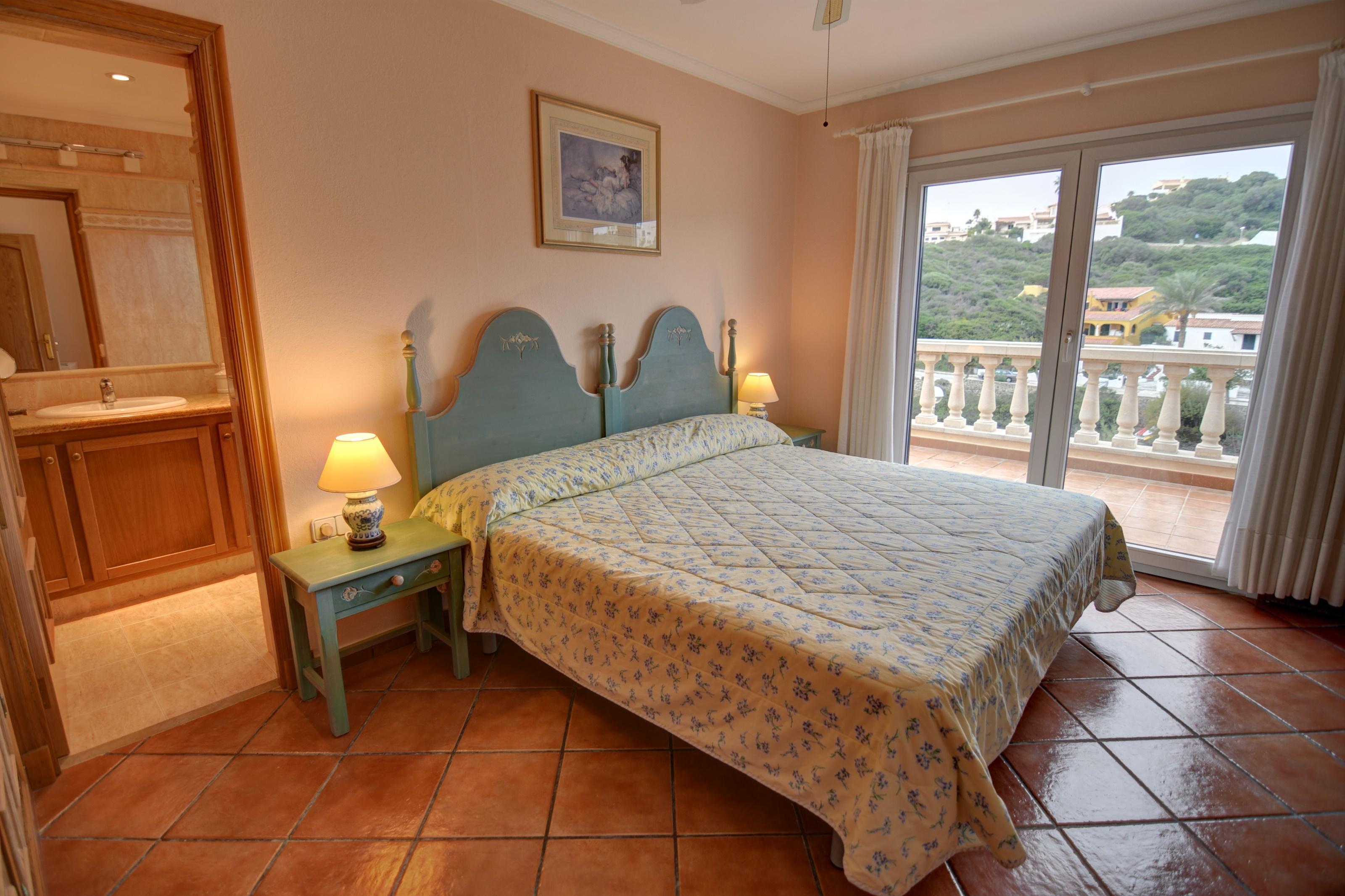 Villa in Cala Llonga Ref: H2613 19