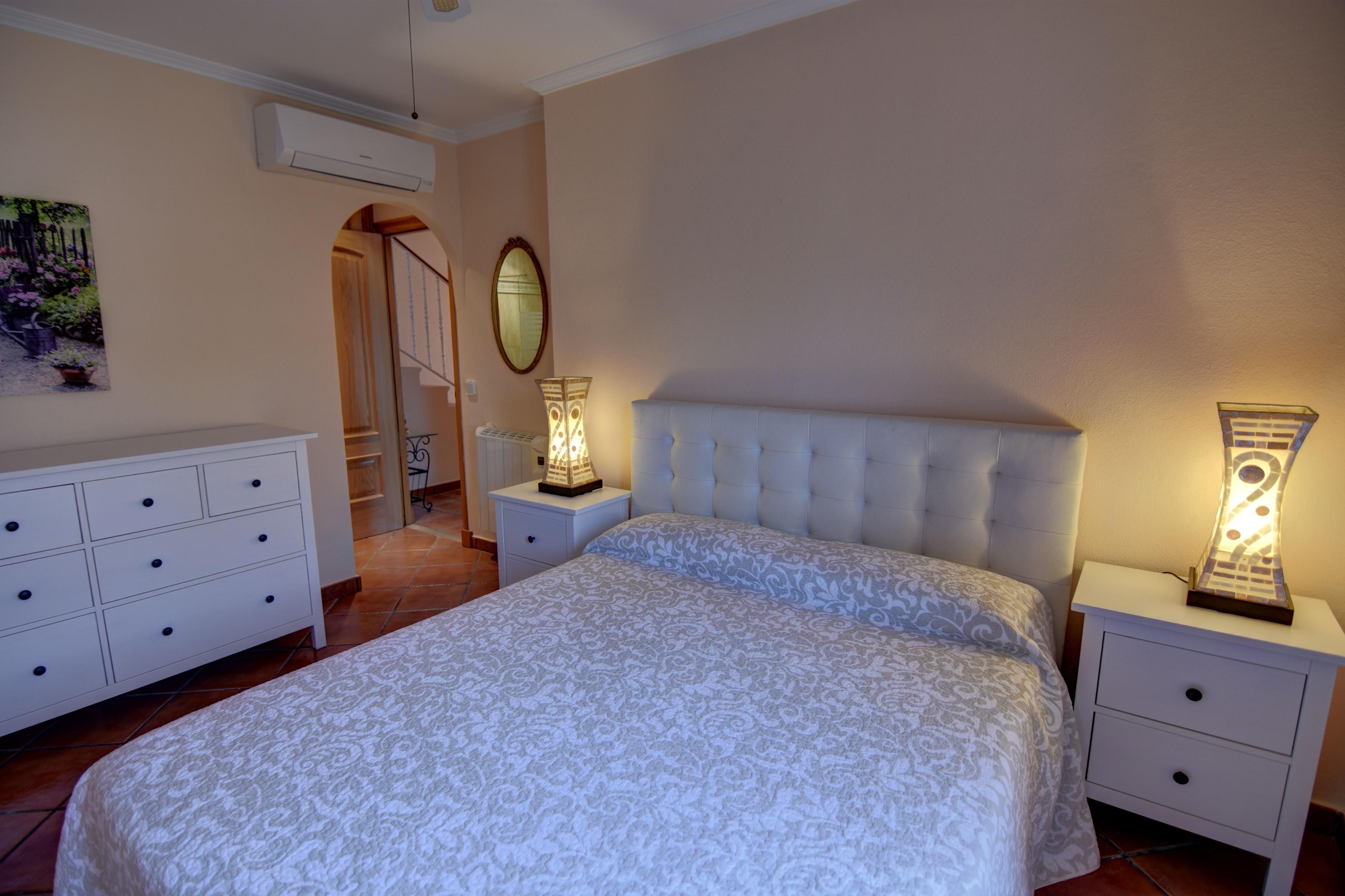 Villa in Cala Llonga Ref: H2613 23