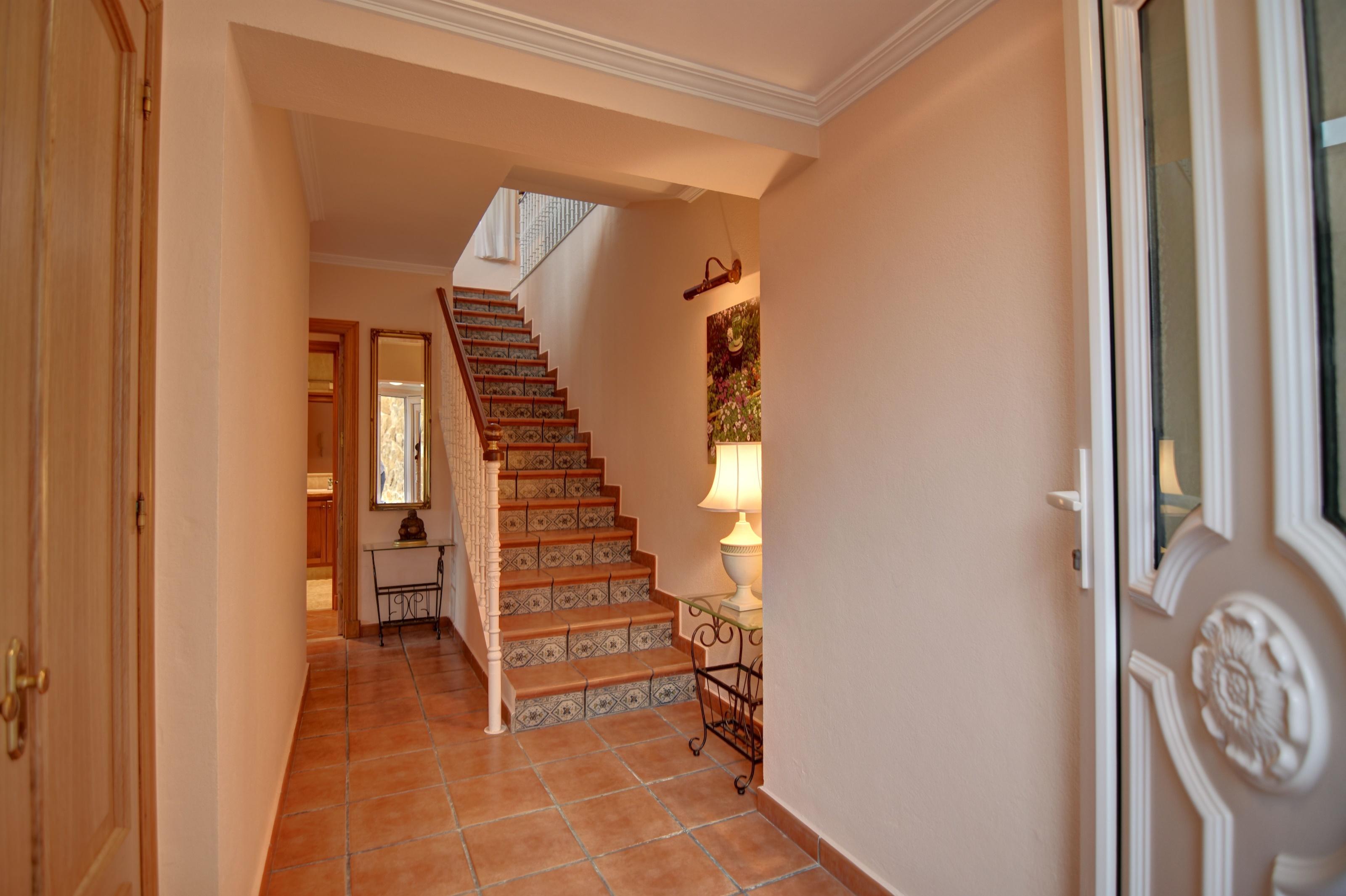 Villa in Cala Llonga Ref: H2613 26
